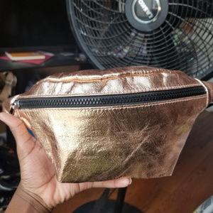 Handbags - PRICE DROP GOLD Fanny pack